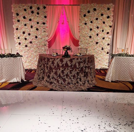 Sweetheart table with floral w