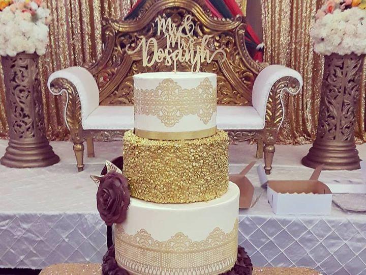 Tmx 32644935 1004293843054957 8017453225680568320 N 51 769051 V1 Fair Oaks, CA wedding cake