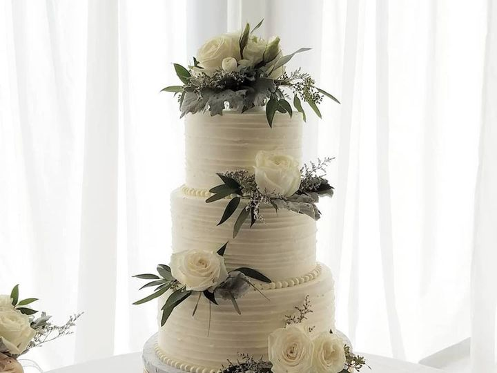 Tmx 46998705 1154842601333413 2986315706078855168 N 51 769051 V1 Fair Oaks, CA wedding cake
