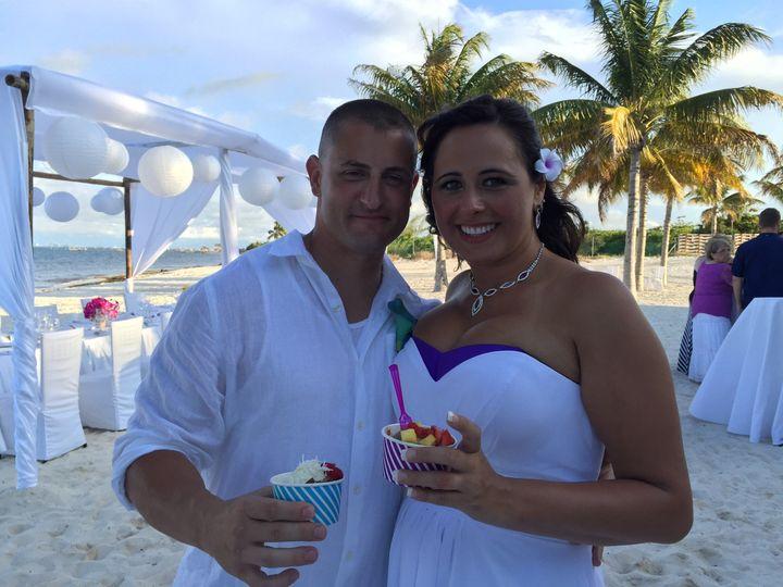 cancun wedding gelato couple