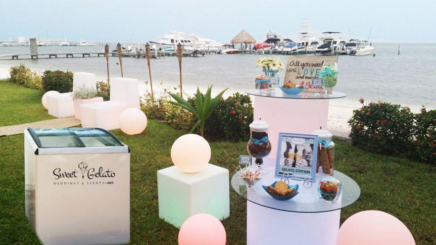 gelato station cancun wedding