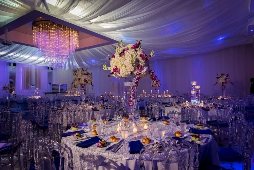Table set-up with centerpiece