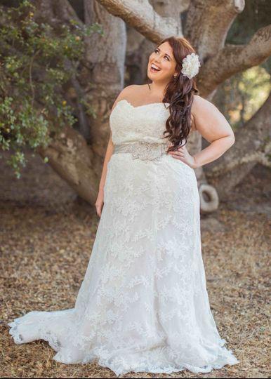 Plus Size Wedding Dresses Miami : Della curva plus size bridal salon wedding dress