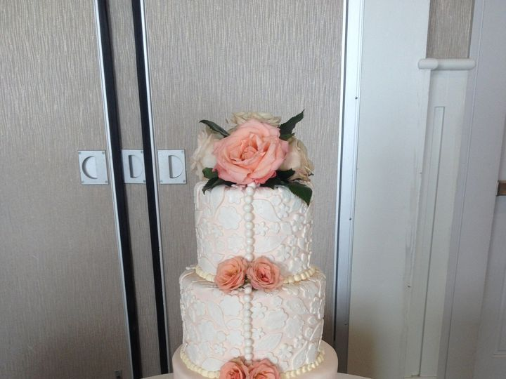 Tmx 1430272343537 108 Dracut, Massachusetts wedding cake