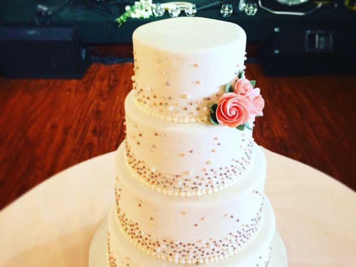 Tmx 1516217909 2c81e957da632746 1516217907 2079966afad0efa5 1516217857695 24 Pearl Wedding Cak Dracut, Massachusetts wedding cake