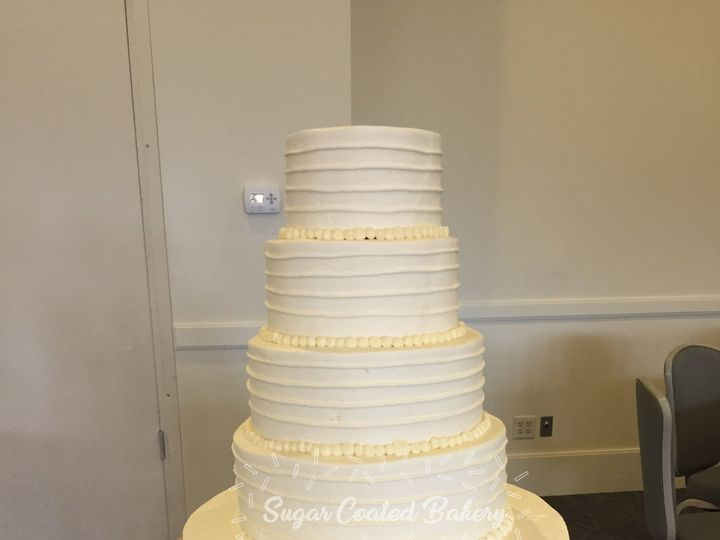 Tmx 1516217921 84cf49cc10d8b34f 1516217918 10d47cf4457dae4e 1516217857698 31 Simple Texture Fr Dracut, Massachusetts wedding cake