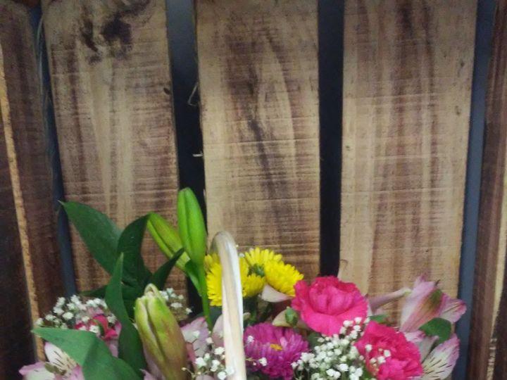 Tmx 1520825003 F6e863fbb44e659f 1520825002 15fe8fdf0f103369 1520824998203 2 403 Travelers Rest, SC wedding florist
