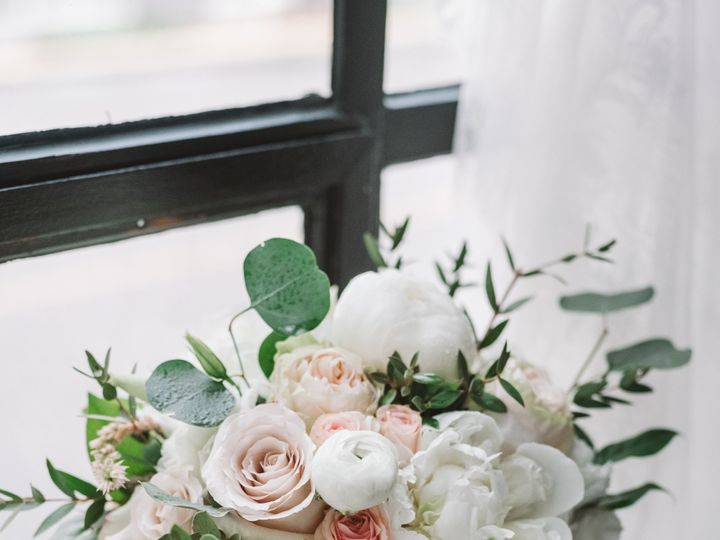 Tmx Amanda Corey 0174 51 949151 157912251768421 West Columbia, South Carolina wedding florist