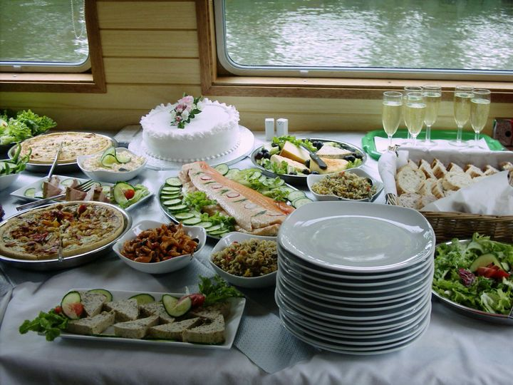 Cake and buffet