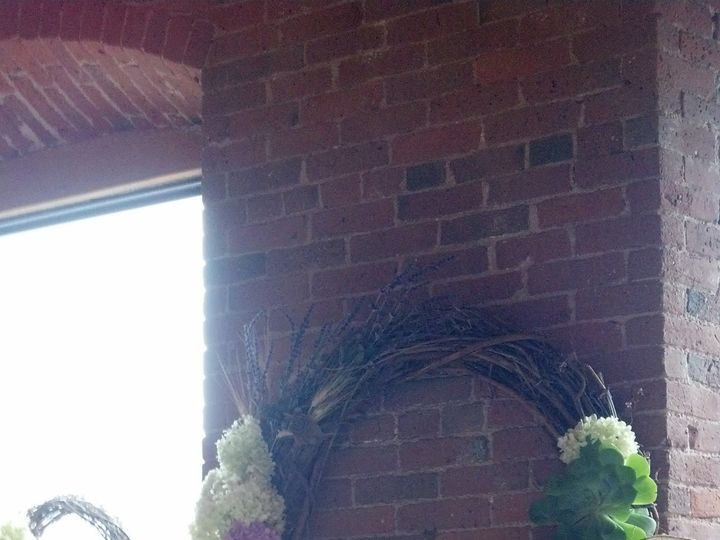 Tmx 1378727791411 Large Wreath Simsbury, CT wedding eventproduction