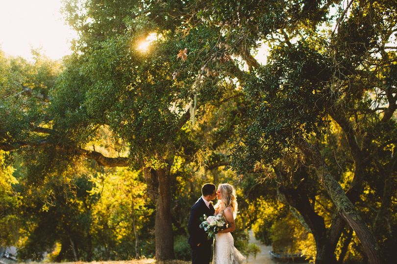 Bride and groom sunset photos