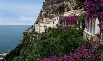 amafili coast hotel