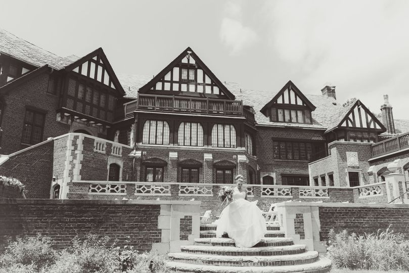 Thisday Photography at the Rollins Mansion in Des Moines, Iowa
