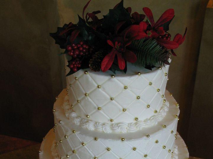 Tmx 1529615588 88d590eba2be49f2 1529615586 936fdeb52e2c5d7e 1529615582062 5 Image10 Louisville wedding cake