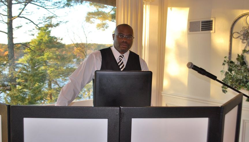 """DJ KEVIN DOTTIN  Kevin Dottin is very much from the """"let the music do the talking"""" school of DJ'ing,..."""