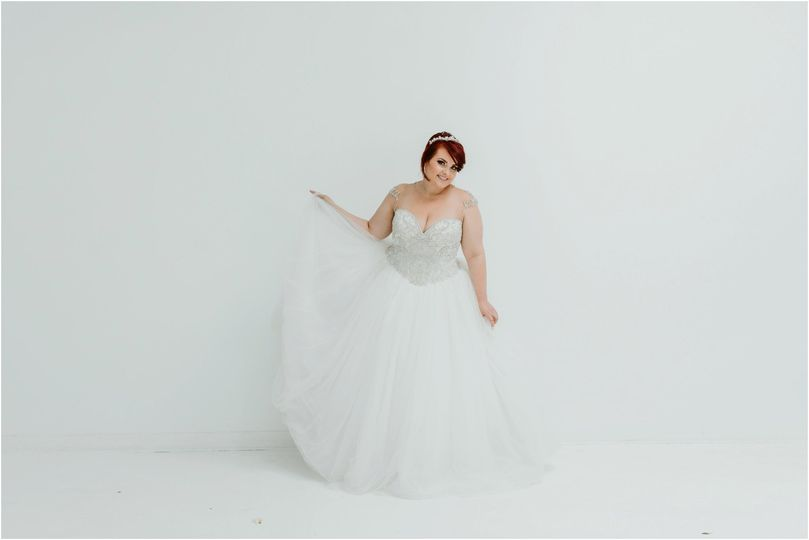 5ed985a90e1c8a34 bridal salon plus size Albuquerque 71