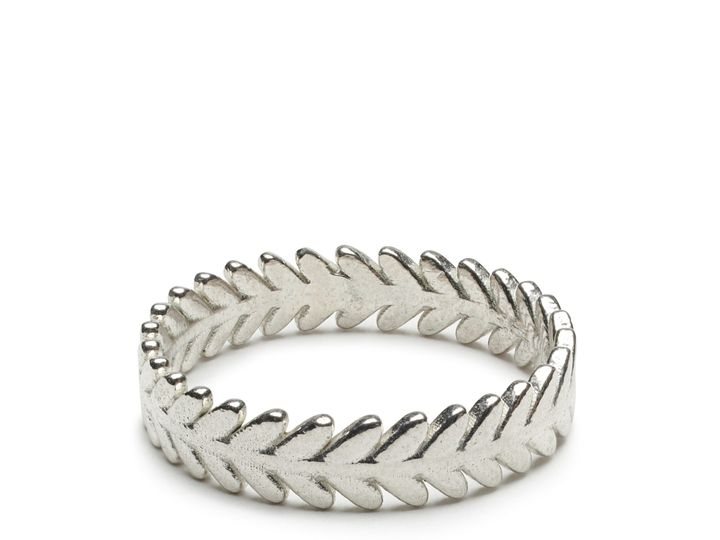 Tmx Evergreen Ring 3000px 51 1861351 159413385384013 South Burlington, VT wedding jewelry