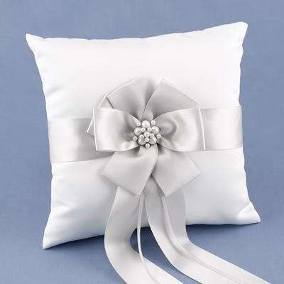 Ring bearer pillow from Gunther Gifts