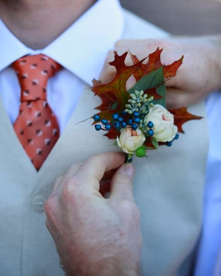 Boutonniere - Moonstone Images