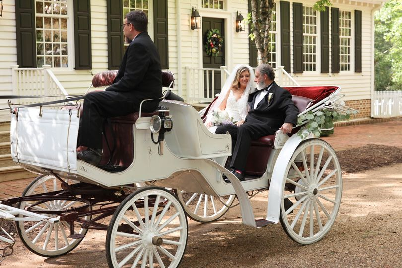 Horse drawn carriage getaway
