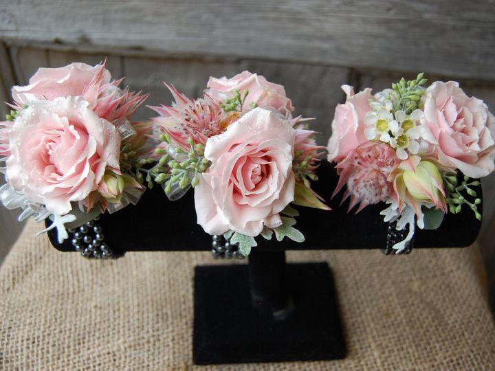 Tmx 1530911533 6ce33ea0fb1e0938 1530911531 Cd63f29d95d3b7bc 1530910640492 3 DSC 0225 Missoula, Montana wedding florist