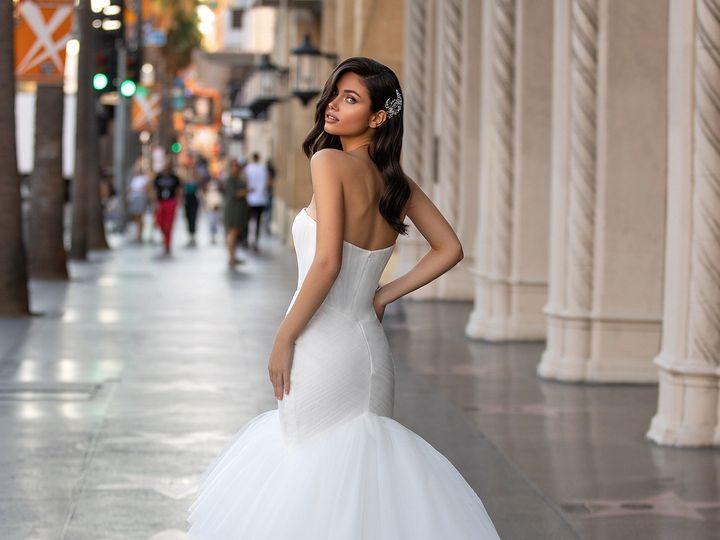 Tmx Pronovias 4 51 1142451 160494265155115 Los Angeles, CA wedding beauty
