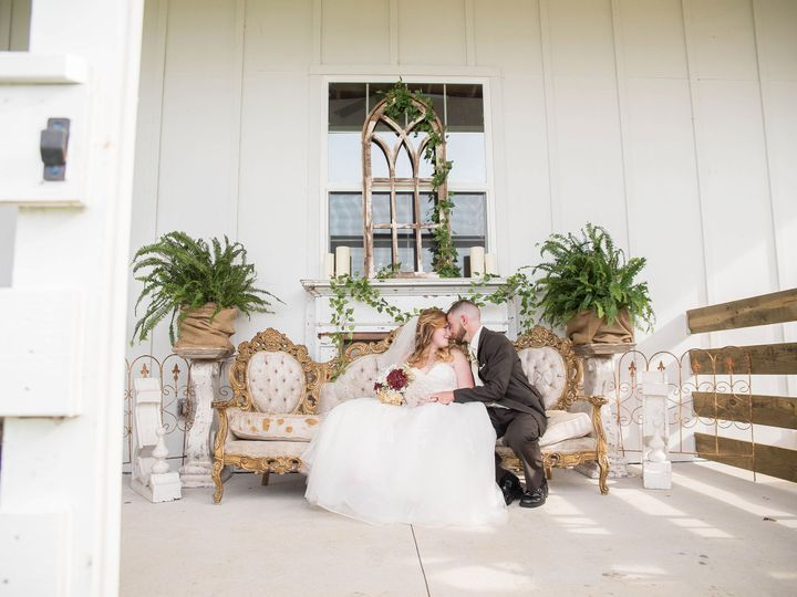 Tmx 1537481790 Eaf6494ca716b764 1537481787 Db99ef4e776aed7f 1537481784127 18 Tampa Wedding Pho Valrico, FL wedding photography