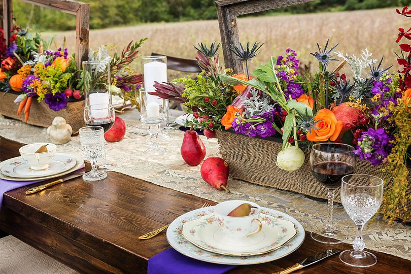 farmweddinginspirationvegetableflowercenterpiecesv
