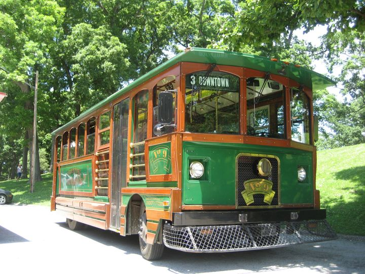 Green trolley