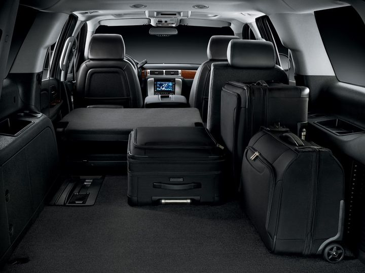 Tmx Gmc Denali Rear Luggage 51 180551 1562346055 Davenport, IA wedding transportation