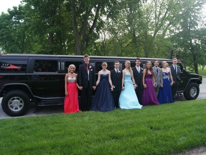 Tmx Prom1 51 180551 1562345573 Davenport, IA wedding transportation