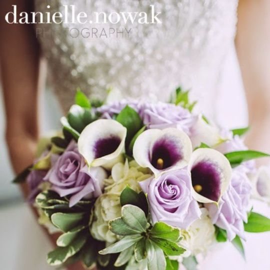 Purple tone bouquet