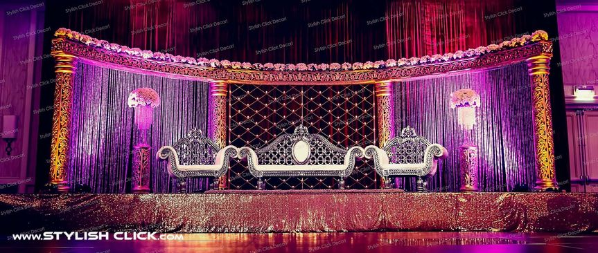 stylish click wedding stage decor 0002