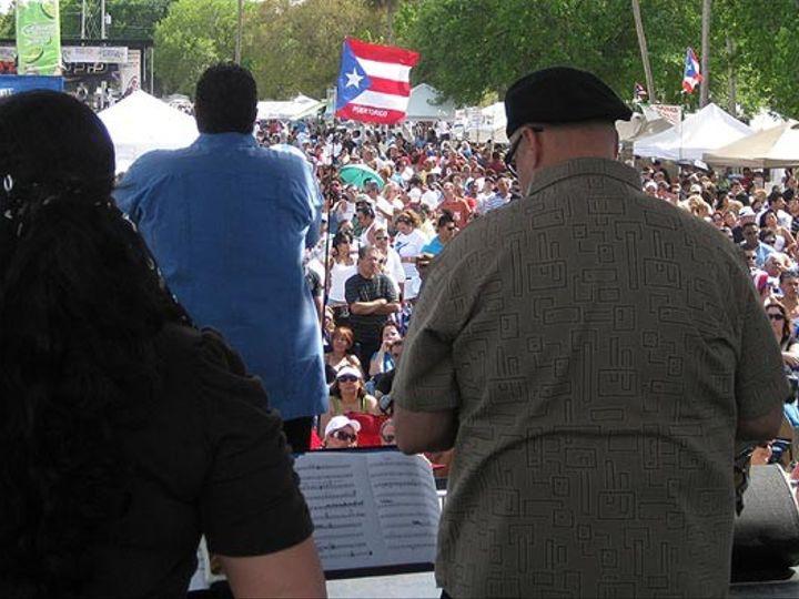 Tmx 1395099794714 Me Singing To Crowd Brandon wedding band