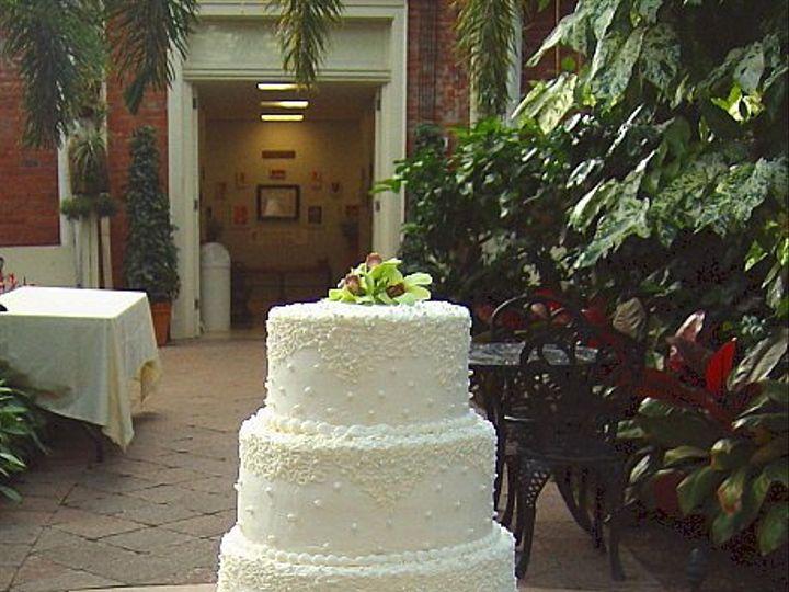Tmx 1347480702026 Floralaccentsreceptioncakeriverstones North Tonawanda wedding florist