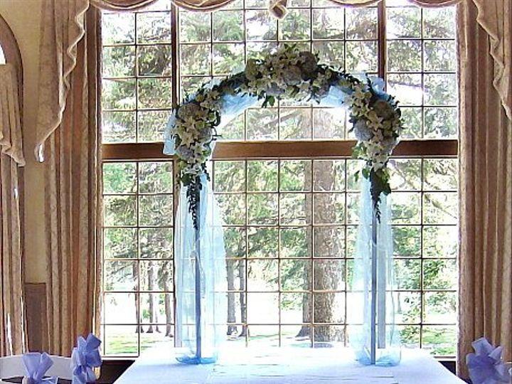 Tmx 1347481384636 Floralaccentsceremonyarborbluerosepetaloutline North Tonawanda wedding florist