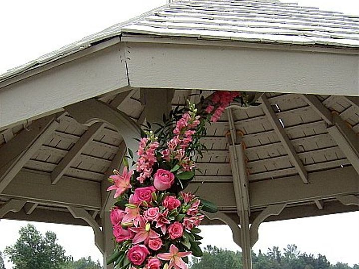 Tmx 1347481428624 Floralaccentsceremonygazebopinkrosessnapslilyalstroswag North Tonawanda wedding florist