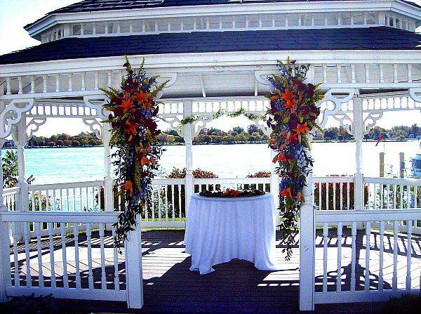 Tmx 1347481433171 Floralaccentsceremonygazeboswagsorangeblue North Tonawanda wedding florist