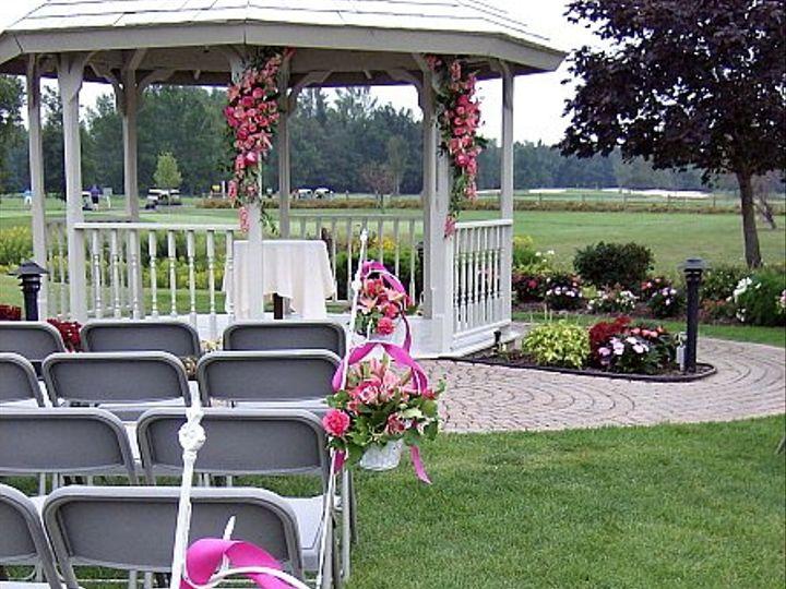 Tmx 1347481493185 Floralaccentsceremonypewflowersgazebopinks North Tonawanda wedding florist