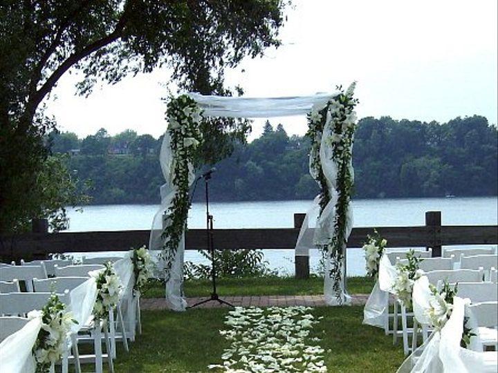 Tmx 1347481595363 Floralaccentsceremonywhiterosepetalislearbor North Tonawanda wedding florist