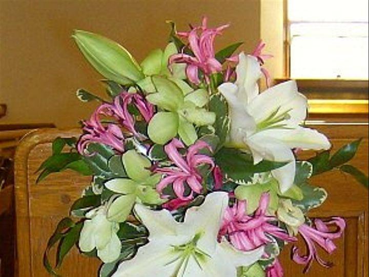 Tmx 1347481599840 Floralaccentspeoplewhtieorientallilywhiteorchidsnerienlilies North Tonawanda wedding florist