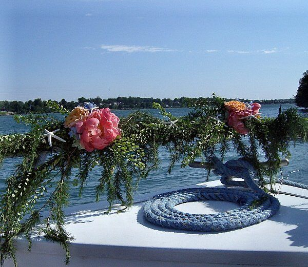 Tmx 1347481630661 Floralaccentsweddingceremonyjune22012starfishshipbowgarland North Tonawanda wedding florist