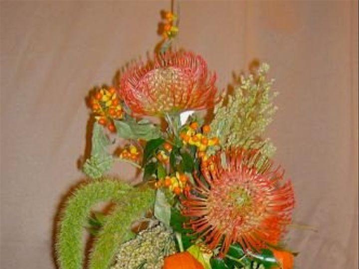 Tmx 1347481656446 Floralaccentsweddingceremonysept12012pewbowproteachineselanterns North Tonawanda wedding florist
