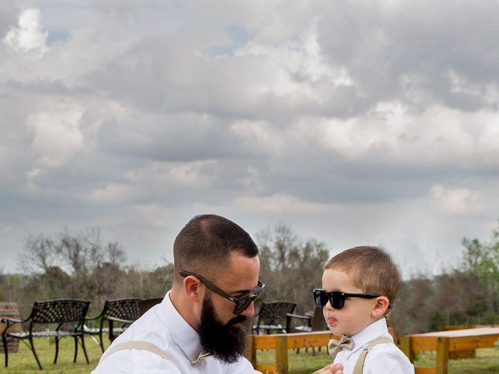 Tmx Love Photography 2 20 2020 Family Portriates 2 51 1977551 159499233618980 Spring Hill, FL wedding photography