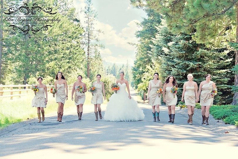 The bride with her bridesmaids