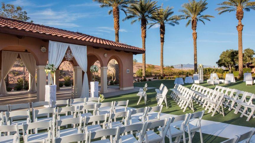 An elegant setup on the La Menzah Lawn