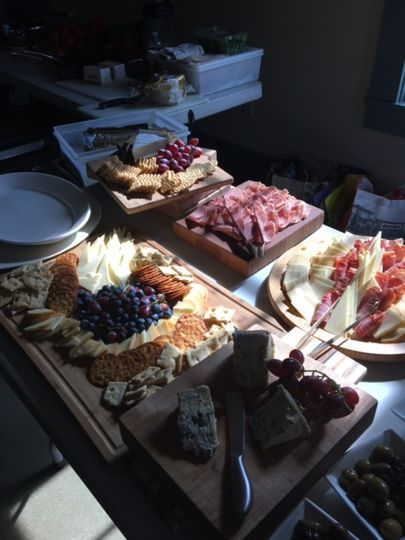 Cured meats & cheeses