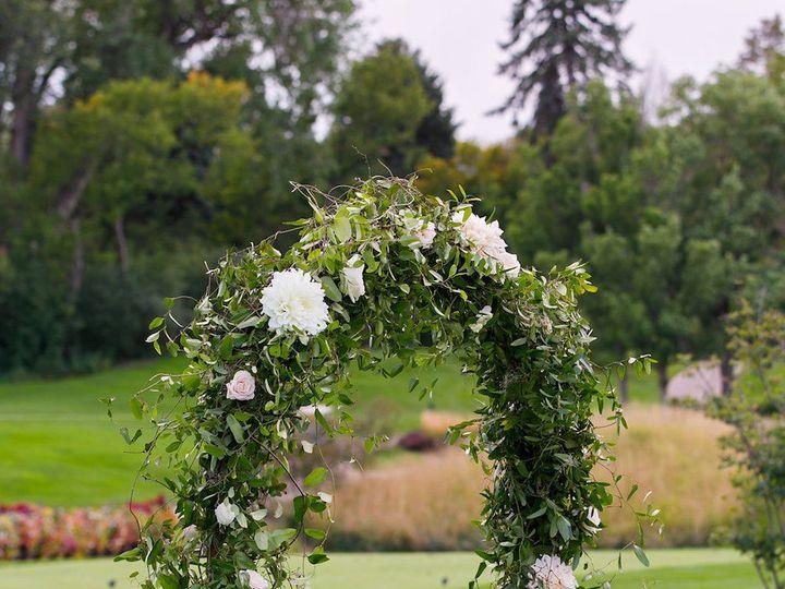 Tmx 1518113005 43df35b0607c5d96 1518113003 D294d3e4321ce46a 1518113003411 38 0435 CarolineJon  Denver, Colorado wedding florist