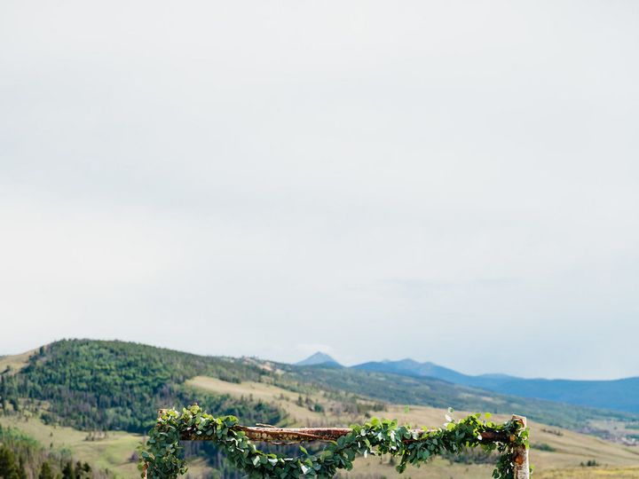 Tmx 1518113024 F1db7d8092acee3d 1518113023 57e935fa2c3d01fc 1518113022975 44 Evelyn Andrew Cer Denver, Colorado wedding florist