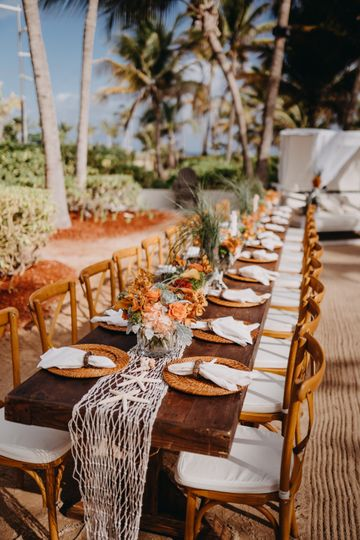 Beachside table